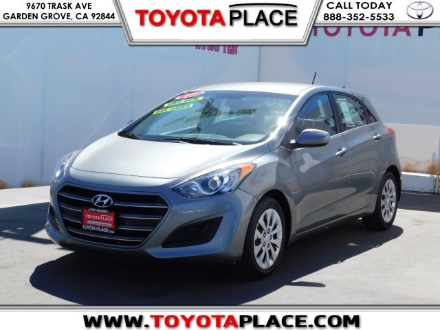 Wonderful Pre Owned 2017 Hyundai Elantra GT Base